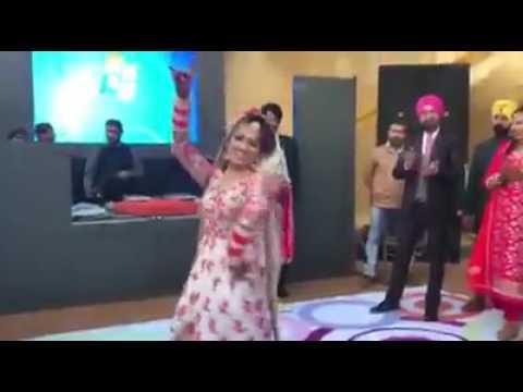 Sikh Punjabi Bride Wedding Dance 2017 |...
