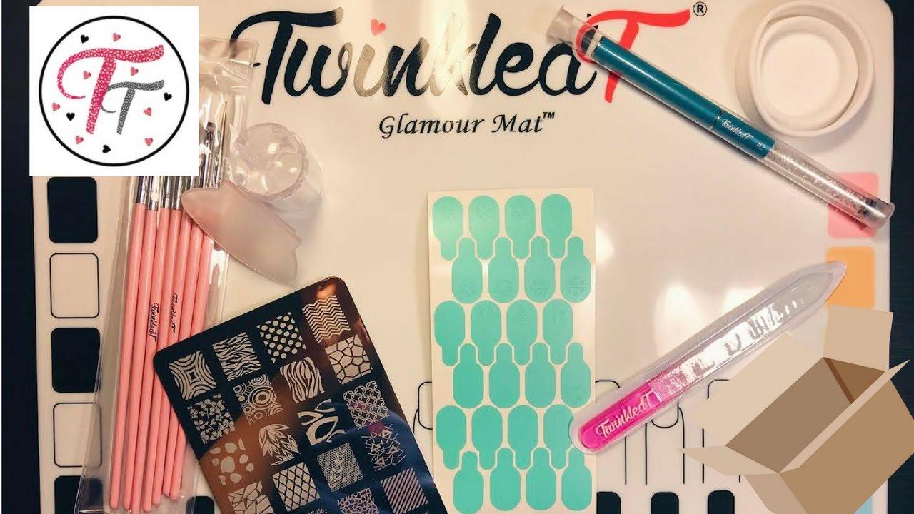 Twinkled t nail art mat