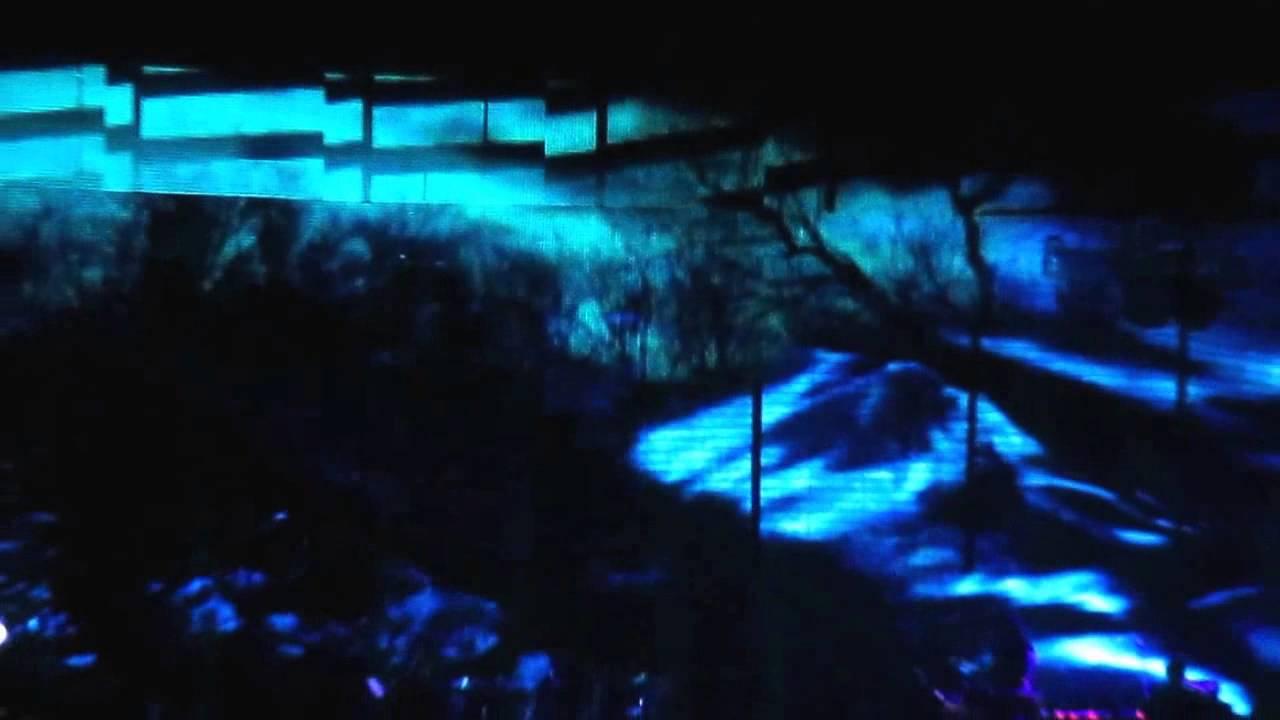 Nine Inch Nails - Halloween 2013 - YouTube