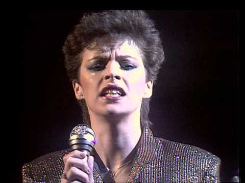 TOPPOP: Sheena Easton - You could Have Been With Me mp3