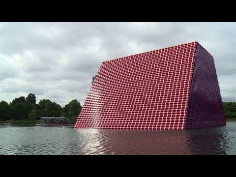 Giant Christo sculpture of 7,506 barrels unveiled in London