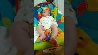 [육아 브이로그] 형과 눈으로 옹알이로 대화하는 아기 …