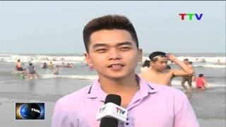 Lượng du khách đến Sầm Sơn tăng cao từ đầu mùa hè