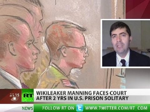 Manning trial: 'Extreme govt secrecy real threat, not leakers'
