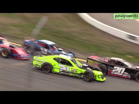 Sunset Speedway  OSCAAR Modifieds