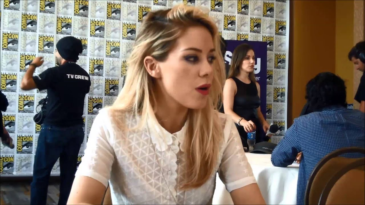 Download Dominion Q&A with star Roxanne McKee (SDCC 2014)