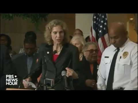 Full news conference with Charlotte, NC mayor and police chief