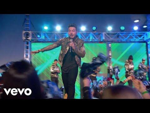 J Balvin - Ay Vamos  From Premios Lo Nuestro