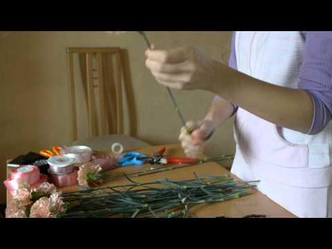 Свадебный букет из гвоздики - Как сделать? часть 1