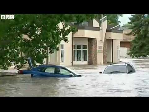 BBC News   Canada floods  Three killed as waters threaten Calgary mp4 2