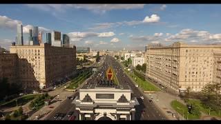 Летаем надо автомобильным потоком. Аренда квадрокоптера с оператором для съемки в Москве(, 2017-07-25T08:31:13.000Z)