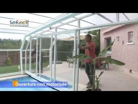 Sokool, abris de piscine. Ouverture et fermeture d'un abri mural
