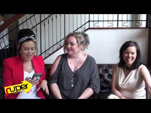 Inquirer Super Plays Truth Or Dare With Tarryn Fisher, Colleen Hoover, Christine Brae