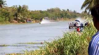 Repeat youtube video เรือแข่ง ดอนราว 14/04/2556 [HD]