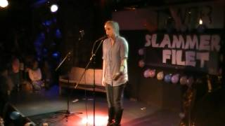 Repeat youtube video Slammer Filet 25.03.2010 Julia Engelmann