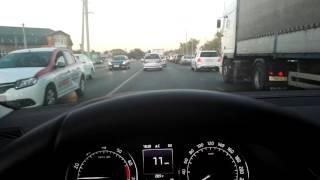 видео Что такое система адаптивного круиз-контроля в автомобиле