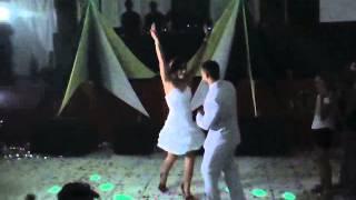 Laiane e Clayton dançando Gangnam style thumbnail