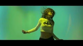 Teledysk: Szesnasty - Miami Vice (prod. CatchUp)