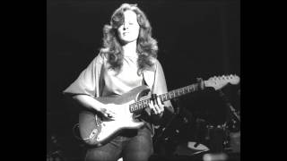 Bonnie Raitt - Feeling Of Falling