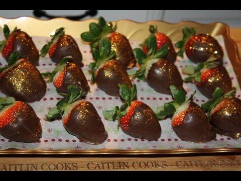 Dark Chocolate Covered Strawberries with EDIBLE GLITTER!