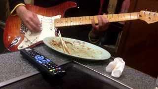 お店にてSATSUMA3042師匠がアルカトラスのヒロシマモナムールを弾いてお...