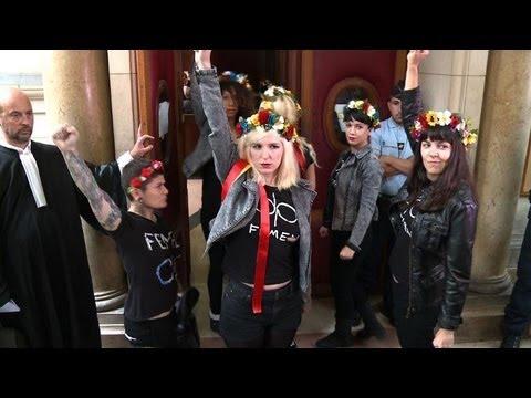 Action à Notre-Dame: le procès des Femen renvoyé au 19 février