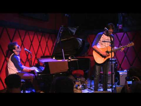 Shalom - The Jewbadours (Lionel Richie Cover)
