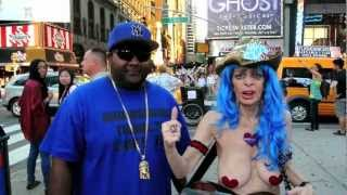 Naked Cowgirl Time Square New York