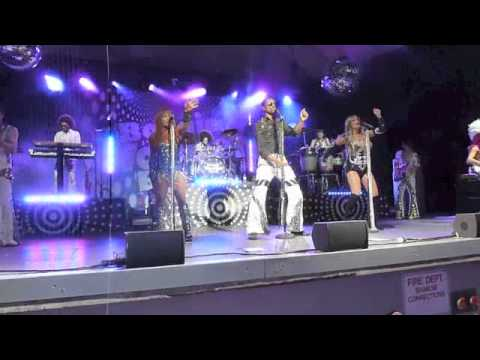 Boogie Wonder Band Medley '12