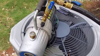 Pulling vacuum using only one hose