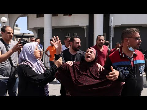 Israeli airstrikes kill dozens in deadliest single attack in current conflict