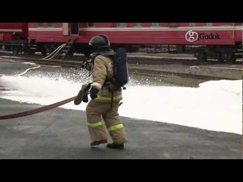 В Челябинске из цистерны вылилось дизельное топливо