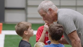 Drew Brees' Kids Play Flag Football with Brett Favre!