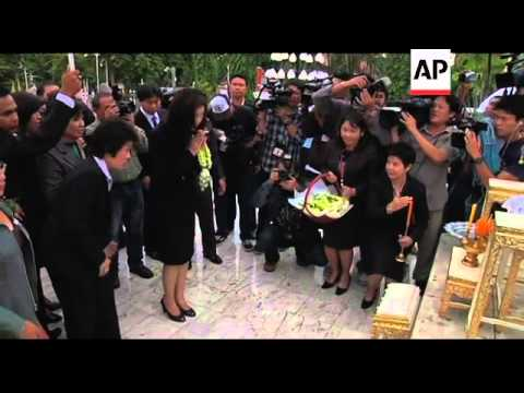 Yingluck Shinawatra reports to parliament to register as MP