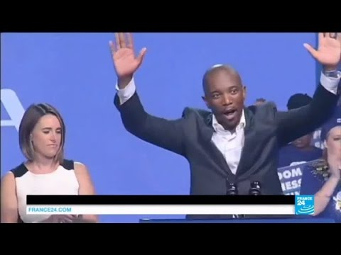 South Africa: opposition candidate Maimane first black leader of DA party