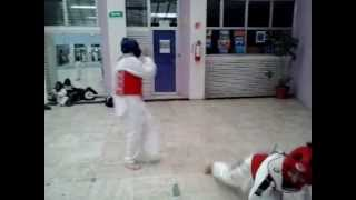 Taekwondo Giro Gancho