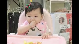 (BLW-Sub) Lần đầu ăn bánh mì và cách xử lý khi trẻ bị hóc - Dâu Tây 7m+ (Video nhanh)