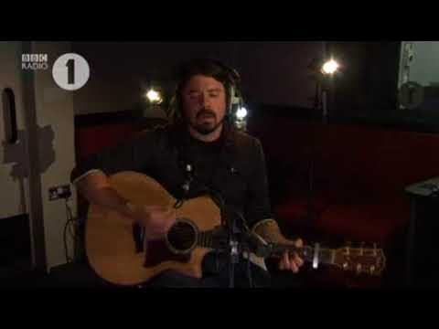 Dave Grohl (Foo Fighters) - Wheels (acoustic)