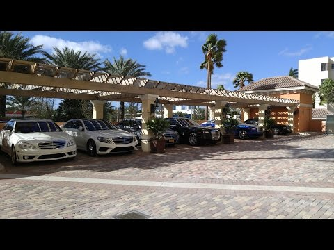 Supercars of Sunny Isles Beach: Miami Car Spotting in 1080p