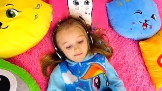 Una colección de videos divertidos e interesantes de Polina en español.