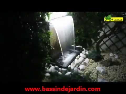 Installer cascade d eau niagara ubbink fontaine de jardin youtube for Fontaine de jardin niagara