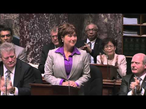 BC government issues formal apology to Chinese Canadians