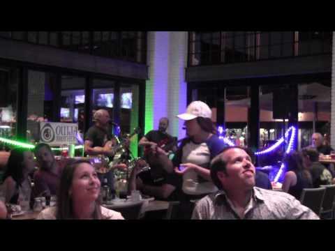 Ouija Brothers @ Avondale Mellow Mushroom in Jacksonville, FL on 7-9-16 set 1