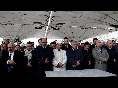 جنازة جمال خاشقجي: إقامة صلاة الغائب على روح الصحفي المغدور…  - نشر قبل 28 دقيقة