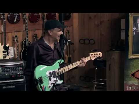 Guitar Center Sessions: Billy Sheehan - Become a Better Bass Player