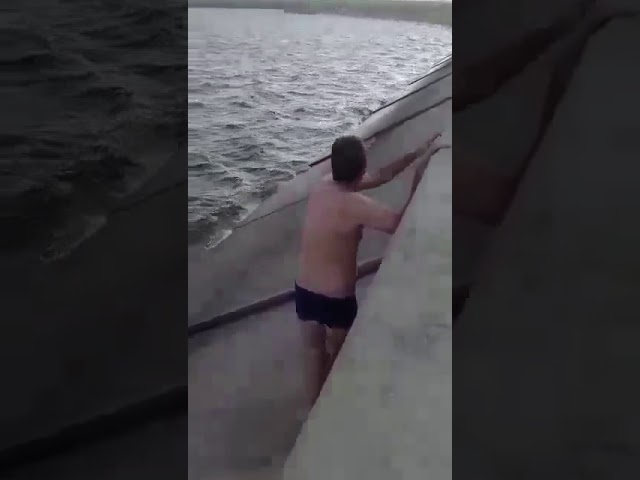 Se arrojó al dique de Cruz del Eje y se ahogó