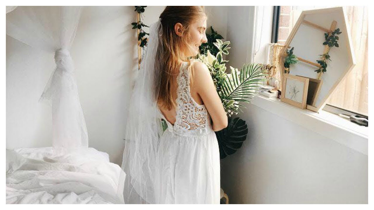 Trying Ebay Wedding Dresses UNDER $20!!