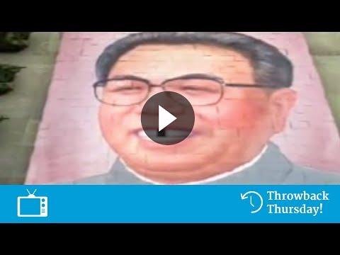 Jaarlijkse Parade Op Plein In Noord Korea -- Delta Lloyd Reclame