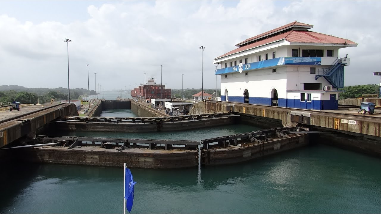 problems building the panama canal The project was plagued by poor planning, engineering problems and tropical diseases that killed thousands of workers de lesseps intended to build the canal at sea level, without locks, like the.