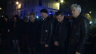 Attentats à Paris: U2 se recueillle au Bataclan